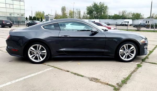 Ford Mustang GT серый 2018 заказать в аренду