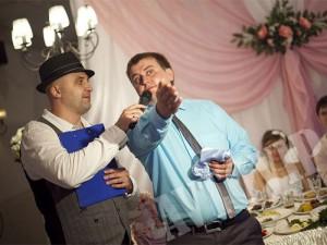 Свадебный ведещий тамада на свадьбу