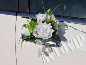 Бутоньерки на ручки свадебной машины