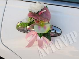 "Бутоньерка ""Розовая гирлянда"""