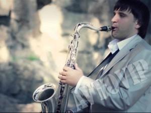 Саксафонист саксофон музыка на свадьбу