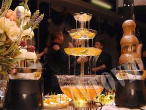 Свадебный фонтан из шампанского на свадьбу