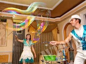 Свадебное шоу мыльных пузырей на свадьбу