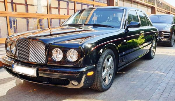 VIP авто Bentley Arnage аренда киев