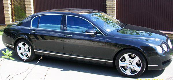 Bentley Continental черный новый
