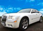Аренда белый Chrysler 300C автомобиль Киев цена