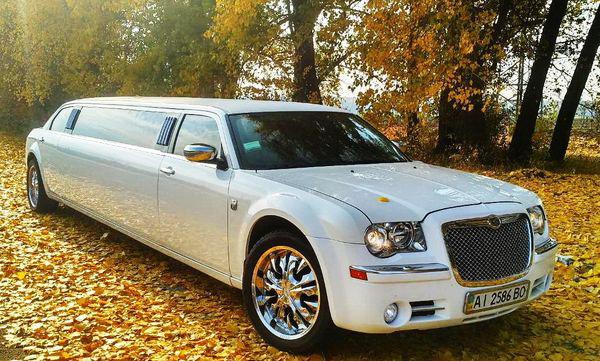 Chrysler 300C белый лимузин прокат аренда в белой церкви, цена прокат крайслер белый лимузин на свадьбу киев 03