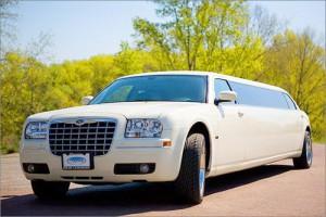 Chrysler 300C Limo на свадьбу