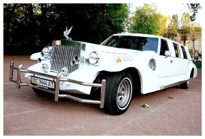 Excalibur белый ретро лимузин