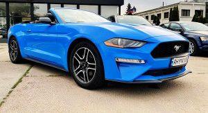Ford Mustang GT синий арендовать кабриолет без водителя на свадьбу съемки
