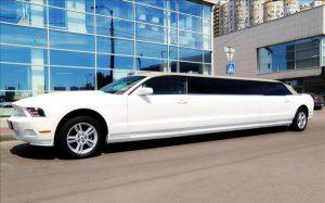 Ford Mustang белый кабриолет лимузин на прокат