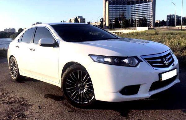 Honda Accord белая на прокат