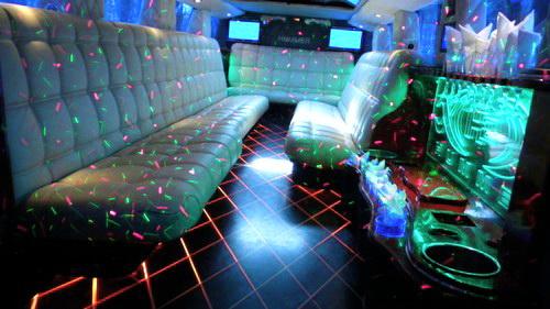 Hummer H2 лимузин белый