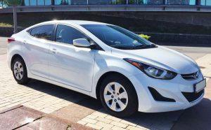 Hyundai Elantra белая аренда на свадьбу