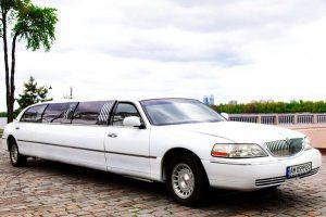Lincoln Town Car 120 Royal аренда лимузина на свадьбу девичник
