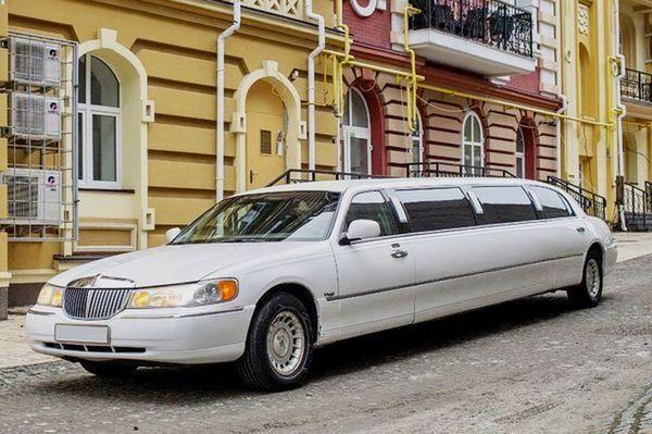Lincoln Town Car 120 на свадьбу киев