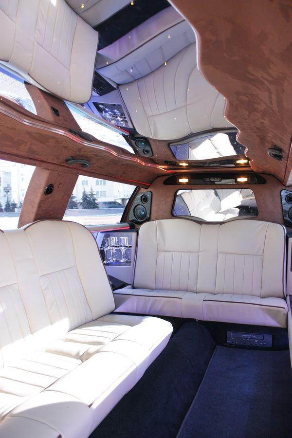 Lincoln Town Car 120 новый