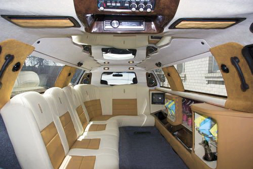 Lincoln Town Car 120, прокат линкольна в киев, линколь с белым салоном киев, линкольн бежевый салон киев, линкольн светлый салон киев 05