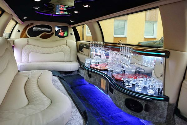 Lincoln Town Car Limousine FEDERAL