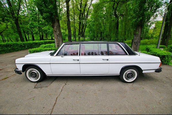 Mercedes 1969 года ретро машина