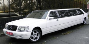 Mercedes W140 S500 белый лимузин