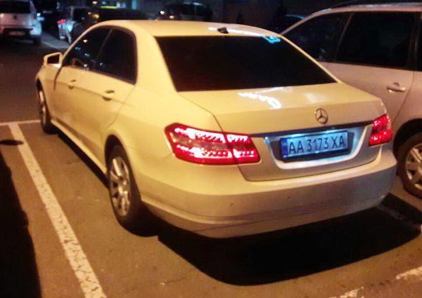 Mercedes W212 E class ванильный аренда