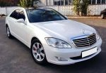 Аренда Mercedes W221 S500 белый авто бизнес класса Киев цена