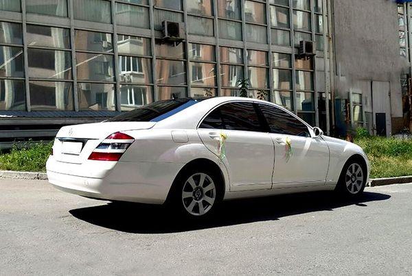 Mercedes W221 S600 белый на свадьбу киев