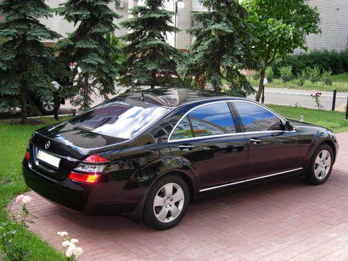 Mersedes W221S550L черный