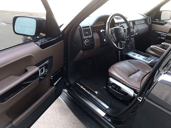 Range Rover Vogue черный заказать на свадьбу