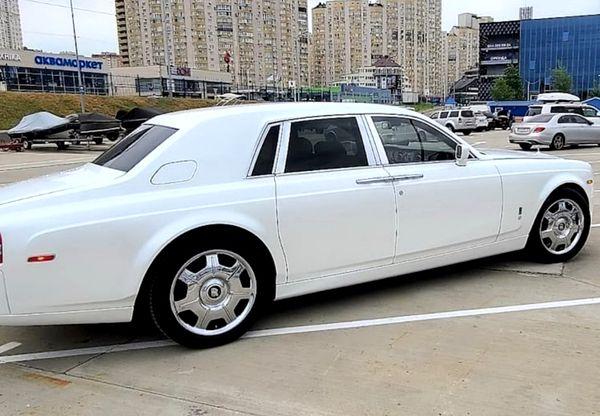 Rolls Royce Phantom белый заказать на свадьбу рос ройс фантом белый