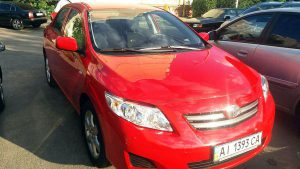 Toyota Corolla красная аренда киев