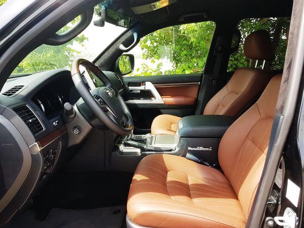 Toyota Land Cruiser 200 черная тойота на свадьбу трансфер с водителем в Киеве