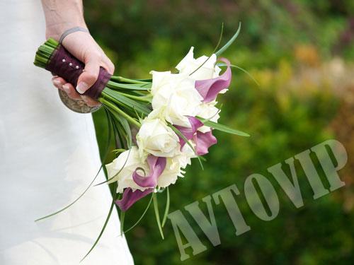 Недорогие свадебные букеты для невесты фото