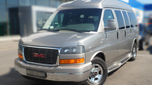 GMC Savana микроавтобус