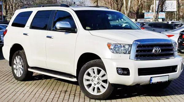 Toyota Sequoia белая аренда на свадьбу