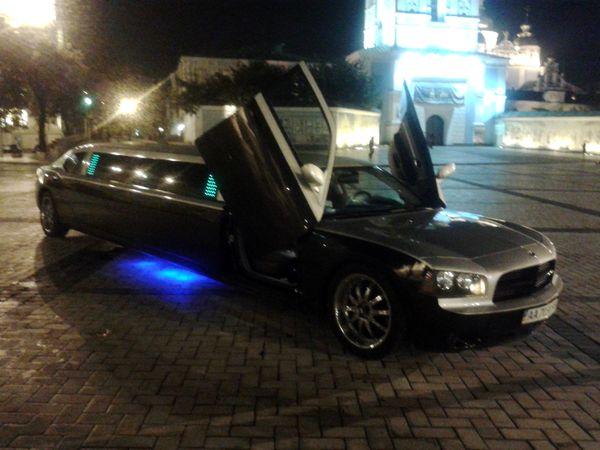Dodge Charge лимузин додж прокат киев