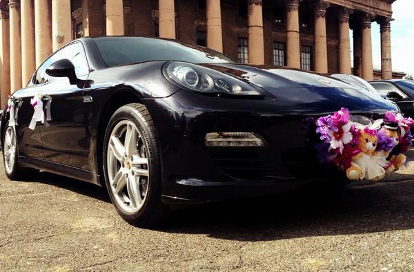 Porsche Panamera заказать на прокат в киеве