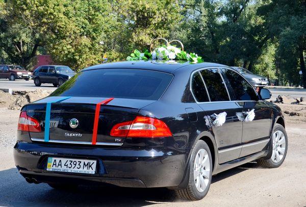 Skoda Super B черная прокат аренда киев, заказать авто на свадьбу шкода суперб черная в киеве цена на прокат авто шкода 05