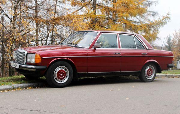 Mercedes W123 красный аренда киев