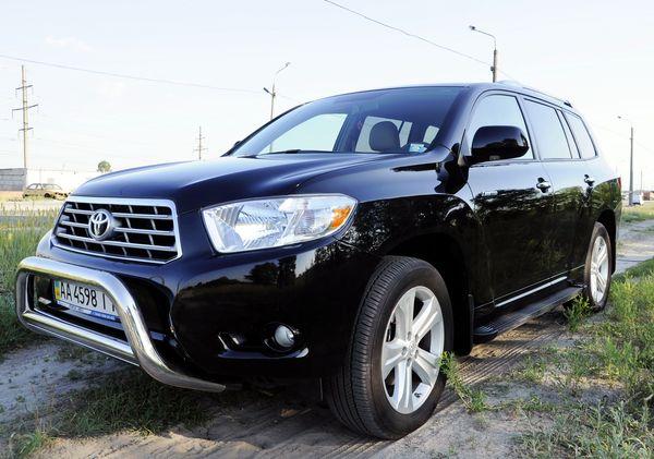 Toyota Highlander черная арендовать киев