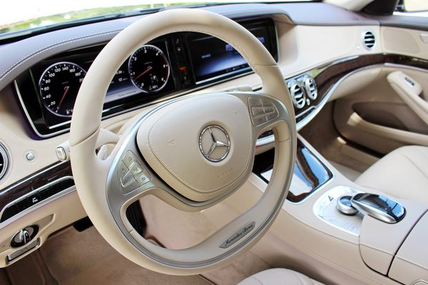 Mercedes W222 S500 прокат аренда