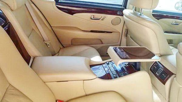 Lexus LS 460 белый на прокат