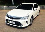 Аренда Toyota Camry V50 белая 2016 года Киев цена