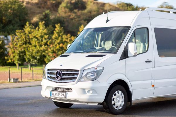 Mercedes Sprinter вип на 20 мест заказать