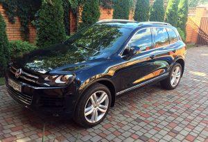 Volkswagen Touareg NEW черный на свадьбу