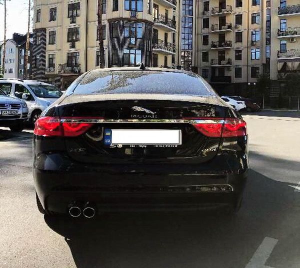 Аренда Jaguar XF черный на прокат