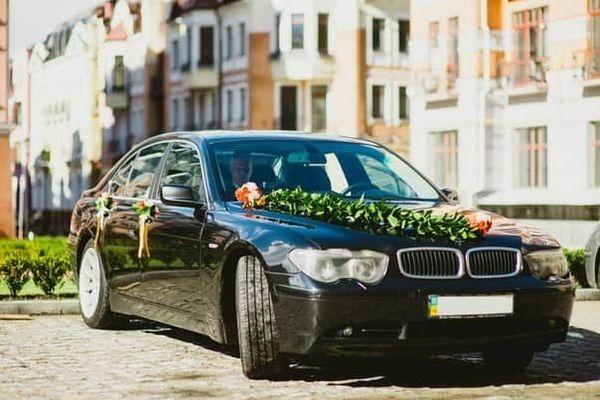 Аренда BMW 745L черный на прокат