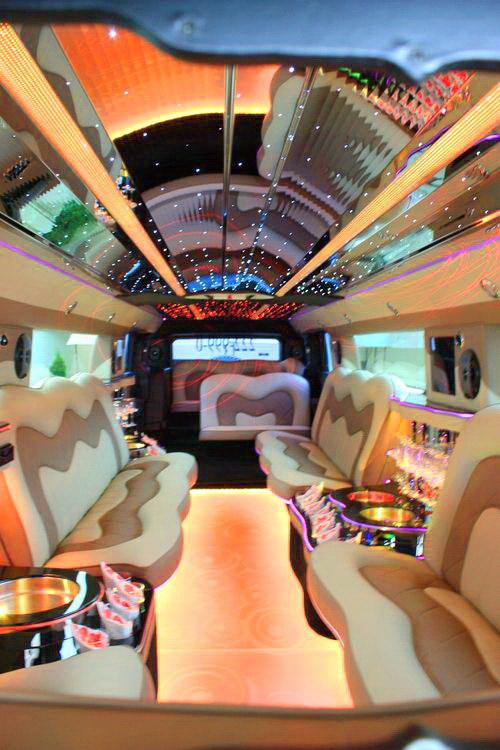 Аренда лимузина Hummer 2012 белый на прокат в киеве