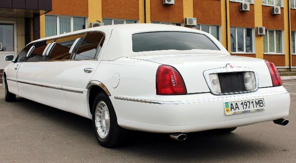 Lincoln Town Car Prestige аренда киев